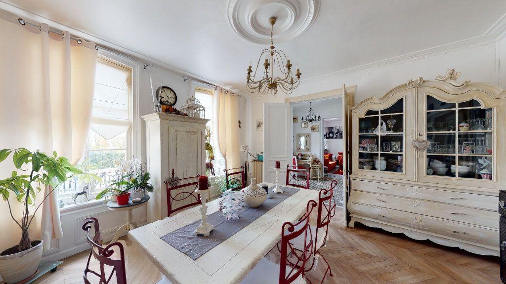 Maison à vendre 8 250m2 à Vanault-le-Châtel vignette-1