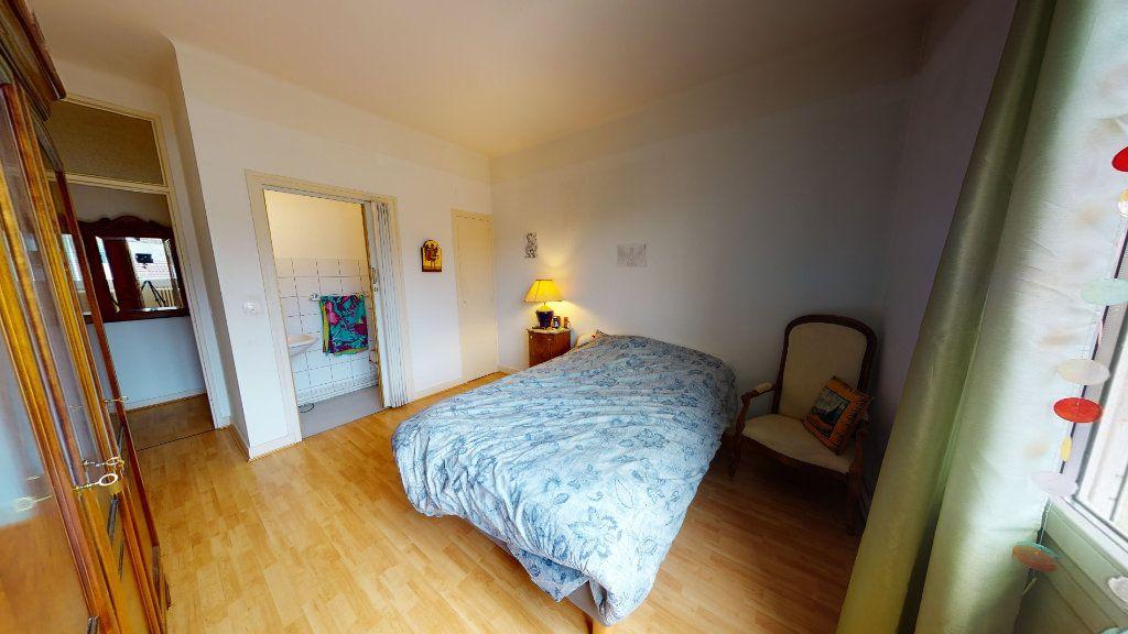 Appartement à vendre 5 152.9m2 à Bar-le-Duc vignette-6