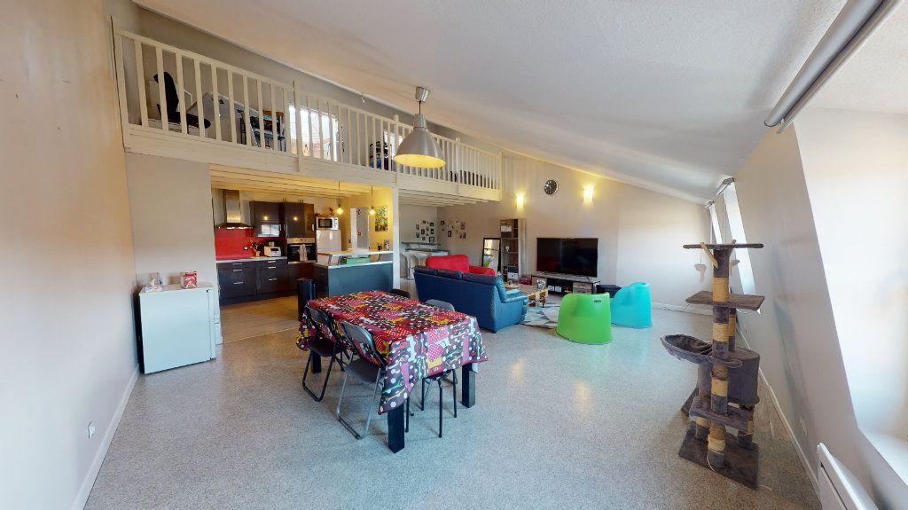 Appartement à vendre 4 105m2 à Bar-le-Duc vignette-1