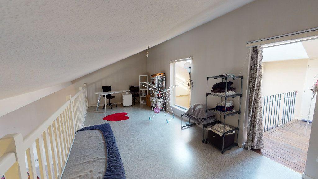 Appartement à vendre 4 105m2 à Bar-le-Duc vignette-10