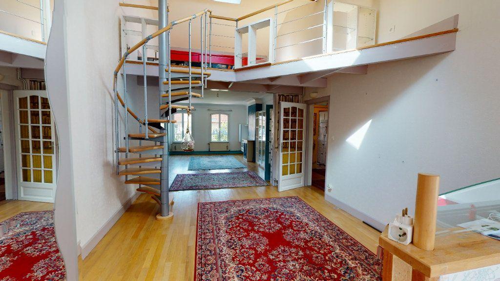 Appartement à louer 5 120m2 à Bar-le-Duc vignette-2