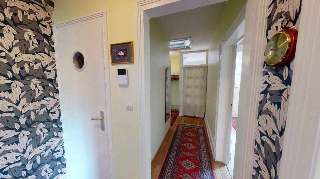 Appartement à louer 5 120m2 à Bar-le-Duc vignette-4