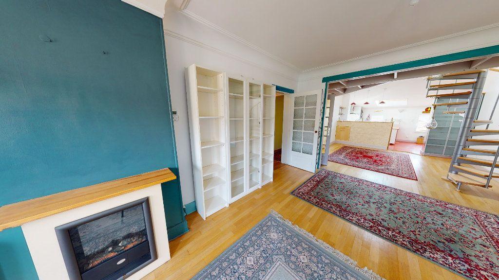 Appartement à louer 5 120m2 à Bar-le-Duc vignette-5