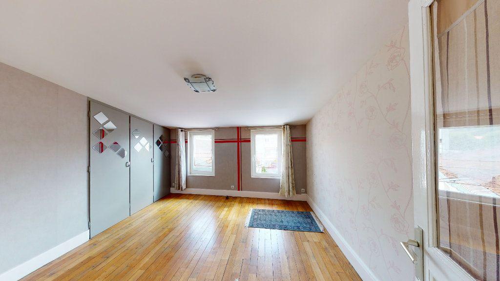 Appartement à louer 5 120m2 à Bar-le-Duc vignette-10