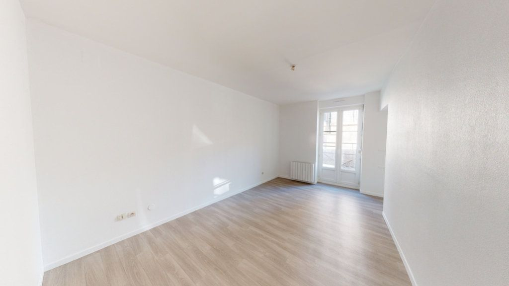 Appartement à louer 2 68m2 à Lérouville vignette-5