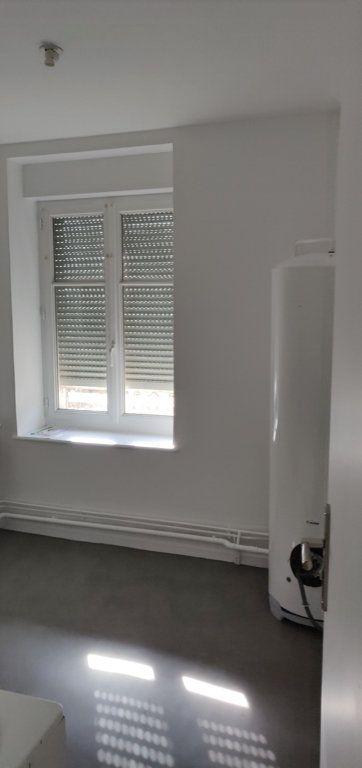 Appartement à louer 3 86m2 à Lérouville vignette-1