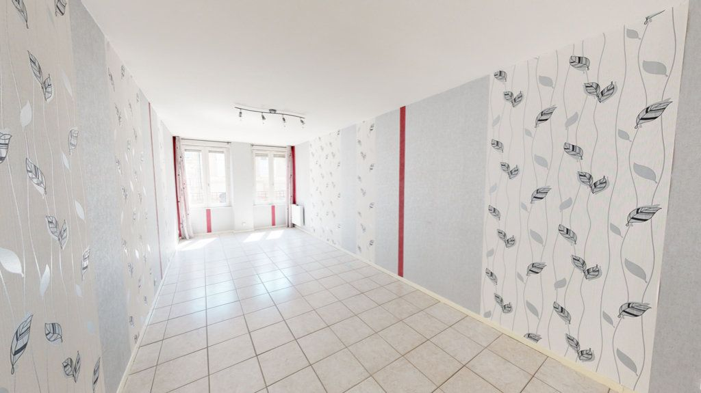 Maison à louer 3 65m2 à Saint-Mihiel vignette-2