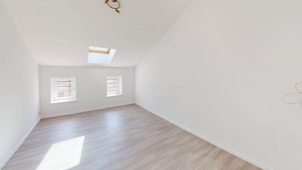 Maison à louer 3 65m2 à Saint-Mihiel vignette-5