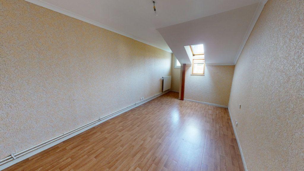 Appartement à louer 4 108m2 à Bar-le-Duc vignette-3