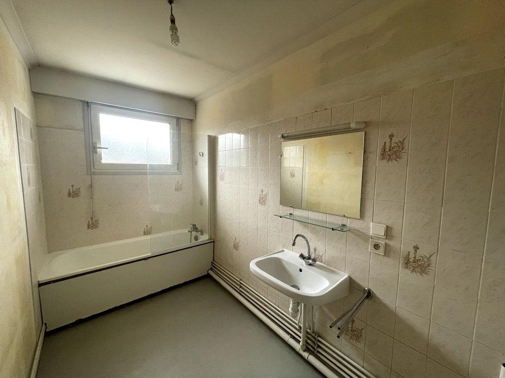 Appartement à louer 4 108m2 à Bar-le-Duc vignette-5