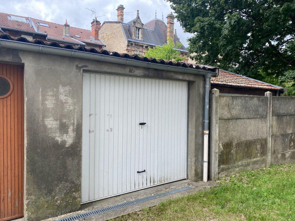 Stationnement à louer 0 0m2 à Bar-le-Duc vignette-1