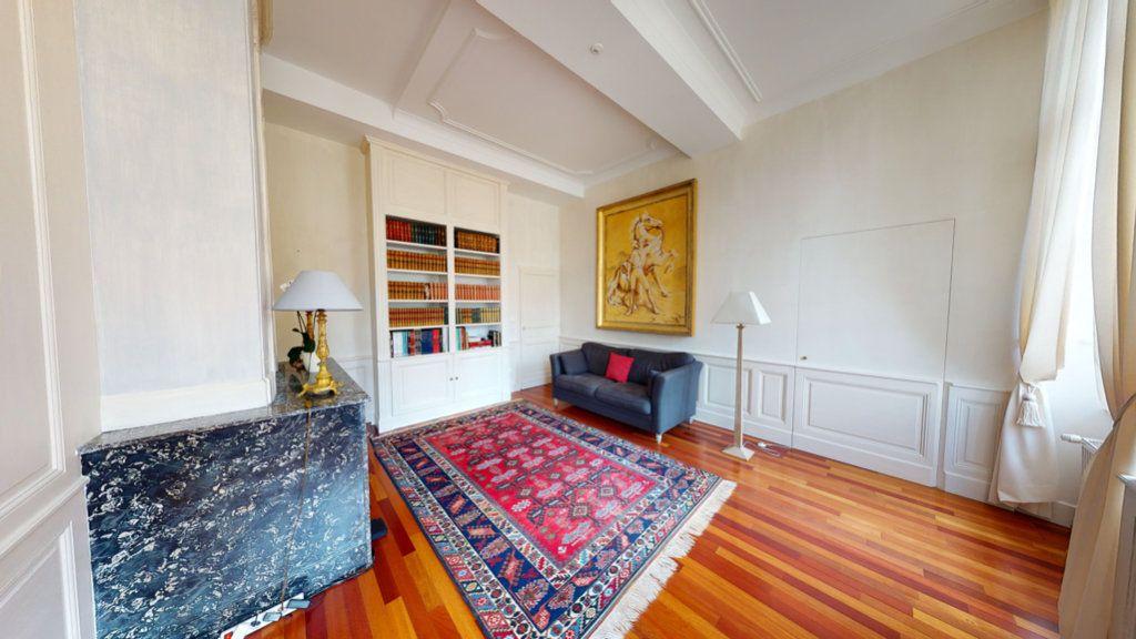 Appartement à louer 5 138m2 à Bar-le-Duc vignette-4
