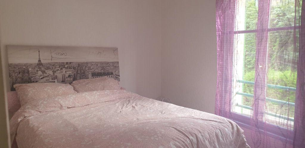 Appartement à louer 2 50m2 à Bar-le-Duc vignette-1