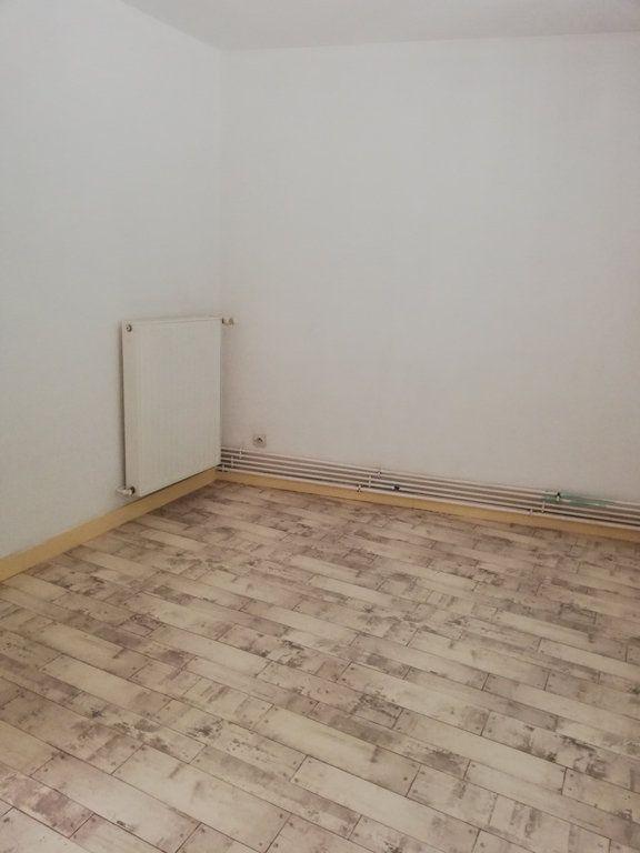 Appartement à louer 2 50m2 à Bar-le-Duc vignette-9