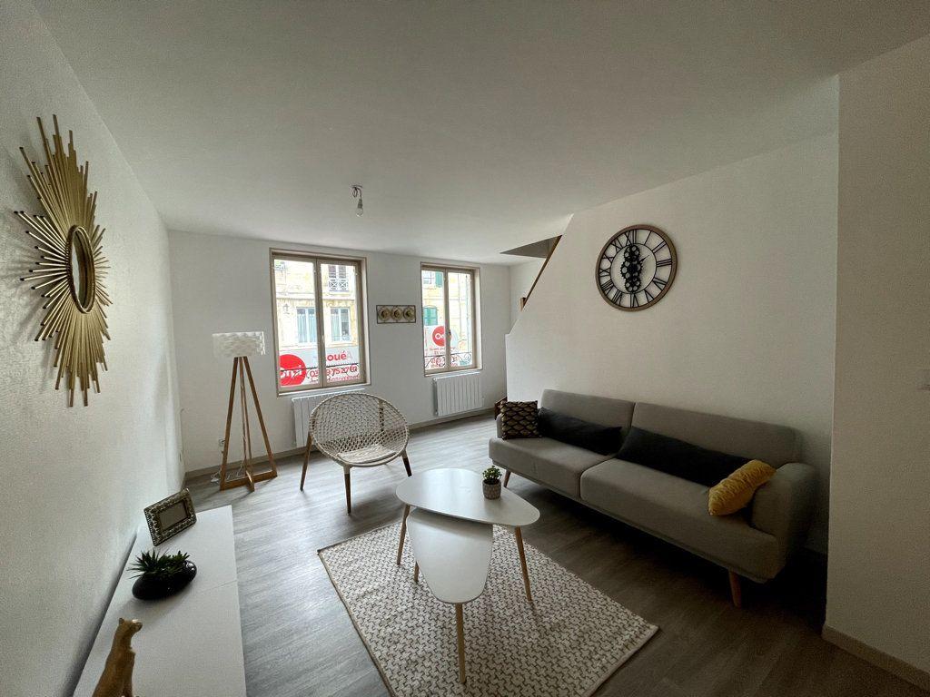 Appartement à louer 3 72.5m2 à Bar-le-Duc vignette-5
