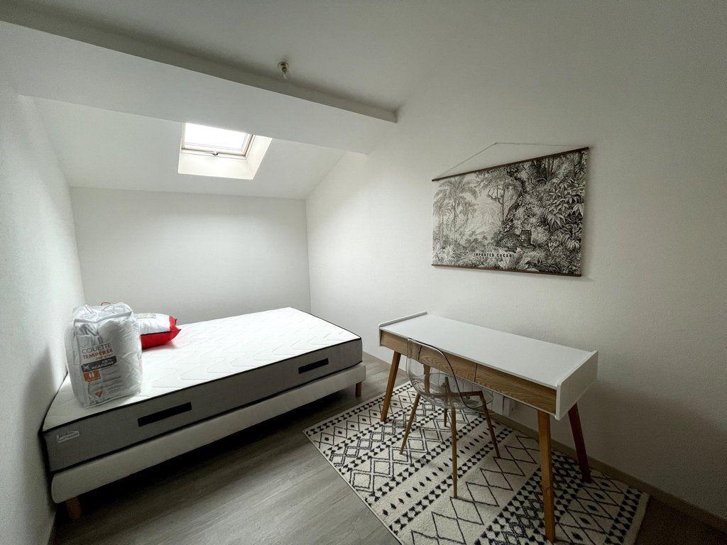 Appartement à louer 3 72.5m2 à Bar-le-Duc vignette-6