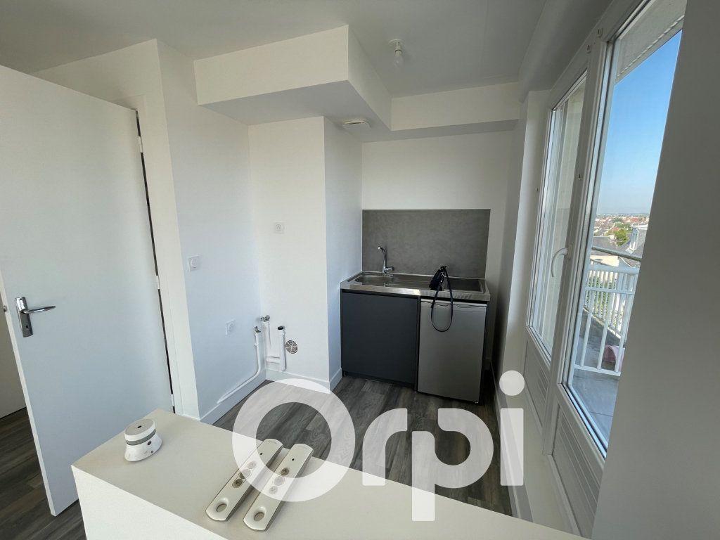 Appartement à louer 1 25.39m2 à Caen vignette-3