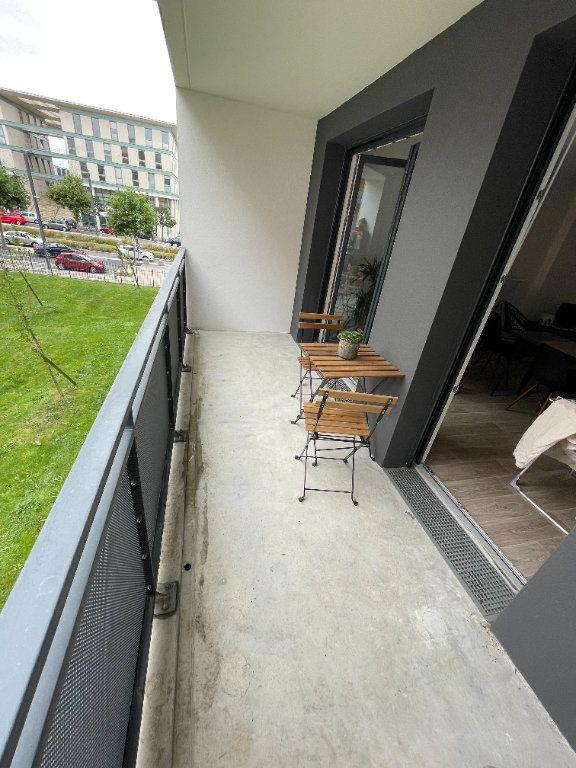 Appartement à louer 3 58.07m2 à Hérouville-Saint-Clair vignette-4