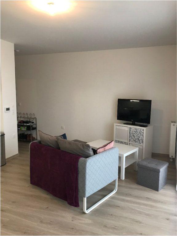 Appartement à louer 2 40.65m2 à Cormelles-le-Royal vignette-2