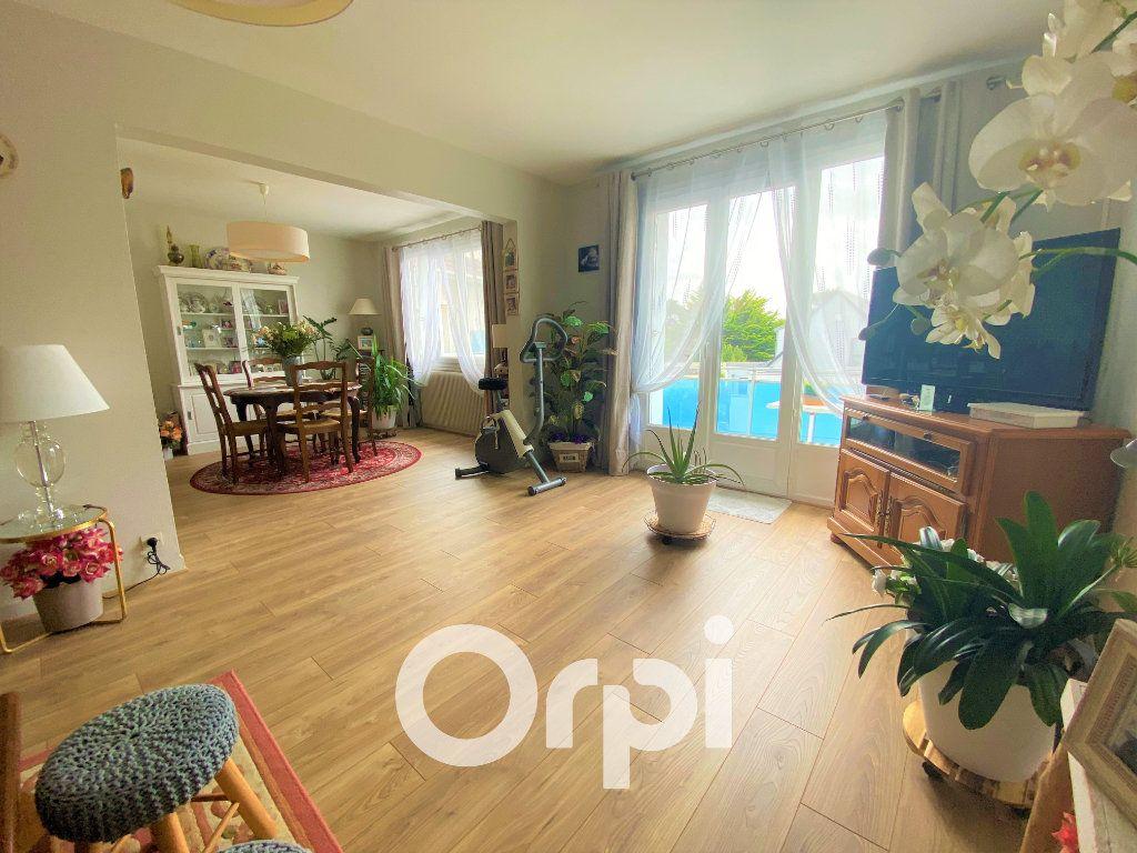 Appartement à vendre 4 71.25m2 à Ouistreham vignette-2