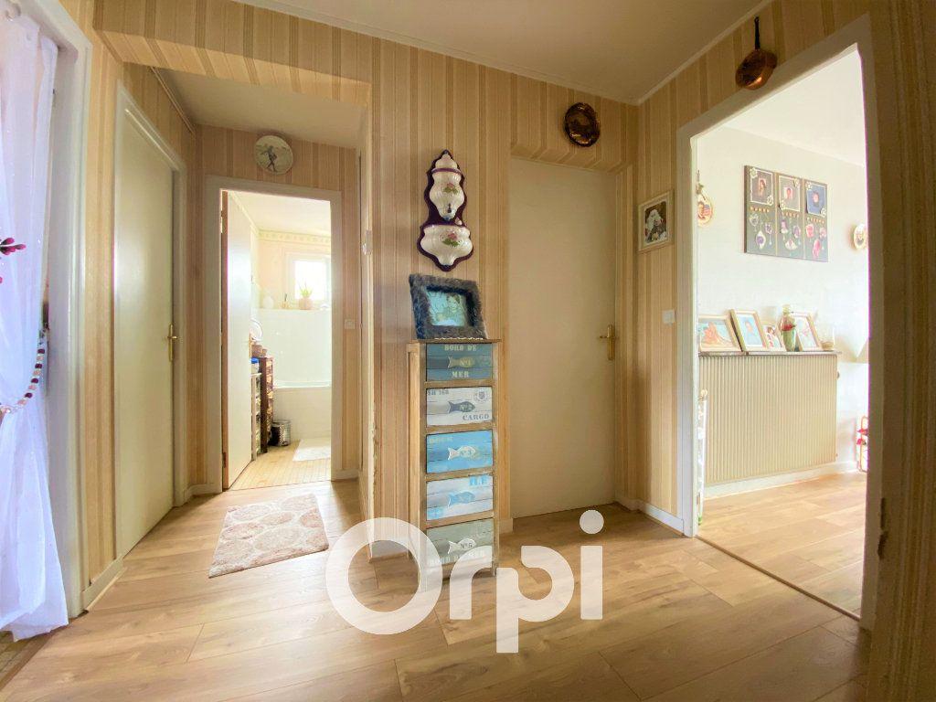 Appartement à vendre 4 71.25m2 à Ouistreham vignette-3