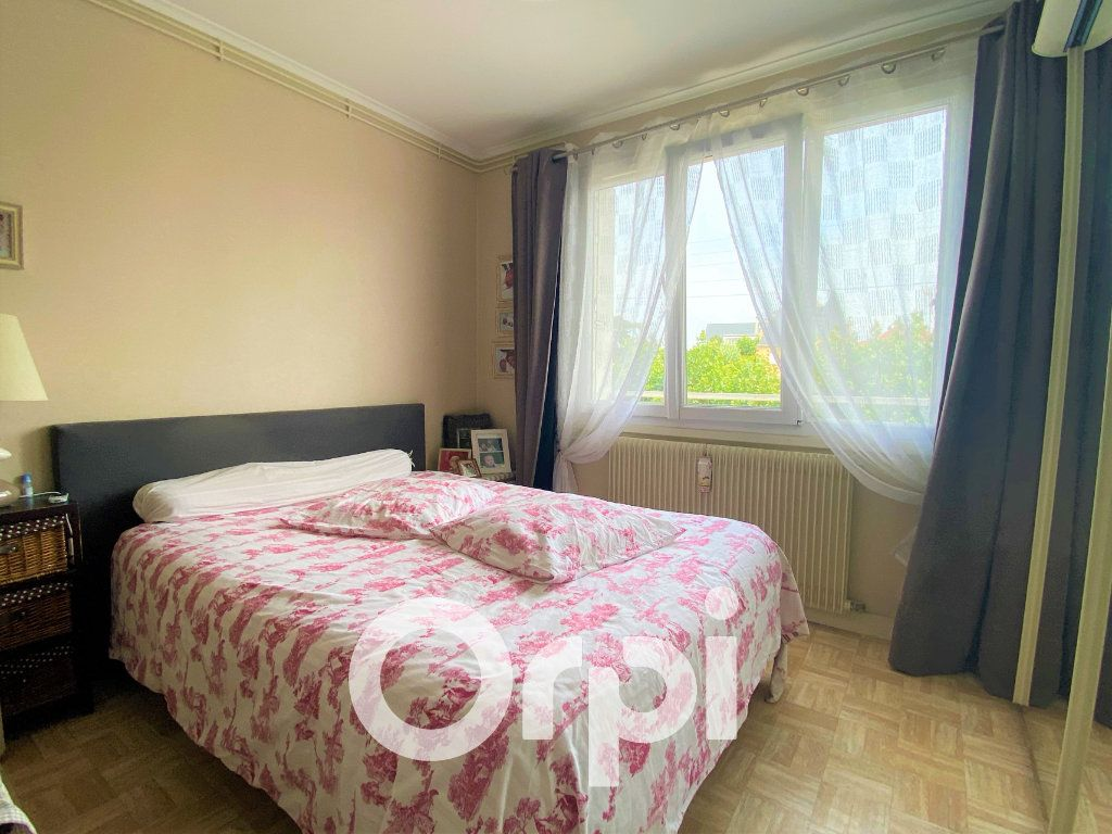 Appartement à vendre 4 71.25m2 à Ouistreham vignette-4