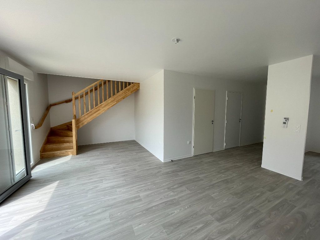 Maison à louer 4 94.49m2 à Ouistreham vignette-2