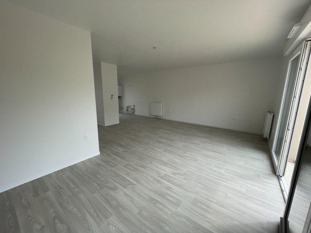 Maison à louer 4 94.49m2 à Ouistreham vignette-3