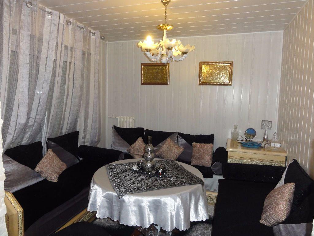 Appartement à vendre 6 101.03m2 à Nîmes vignette-2