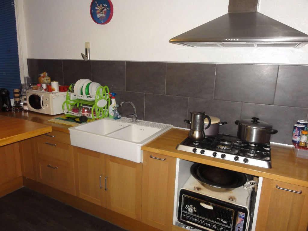 Appartement à vendre 6 101.03m2 à Nîmes vignette-3