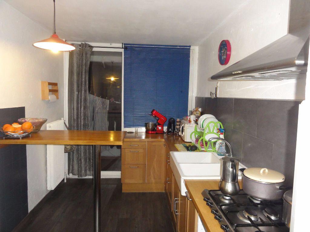 Appartement à vendre 6 101.03m2 à Nîmes vignette-4