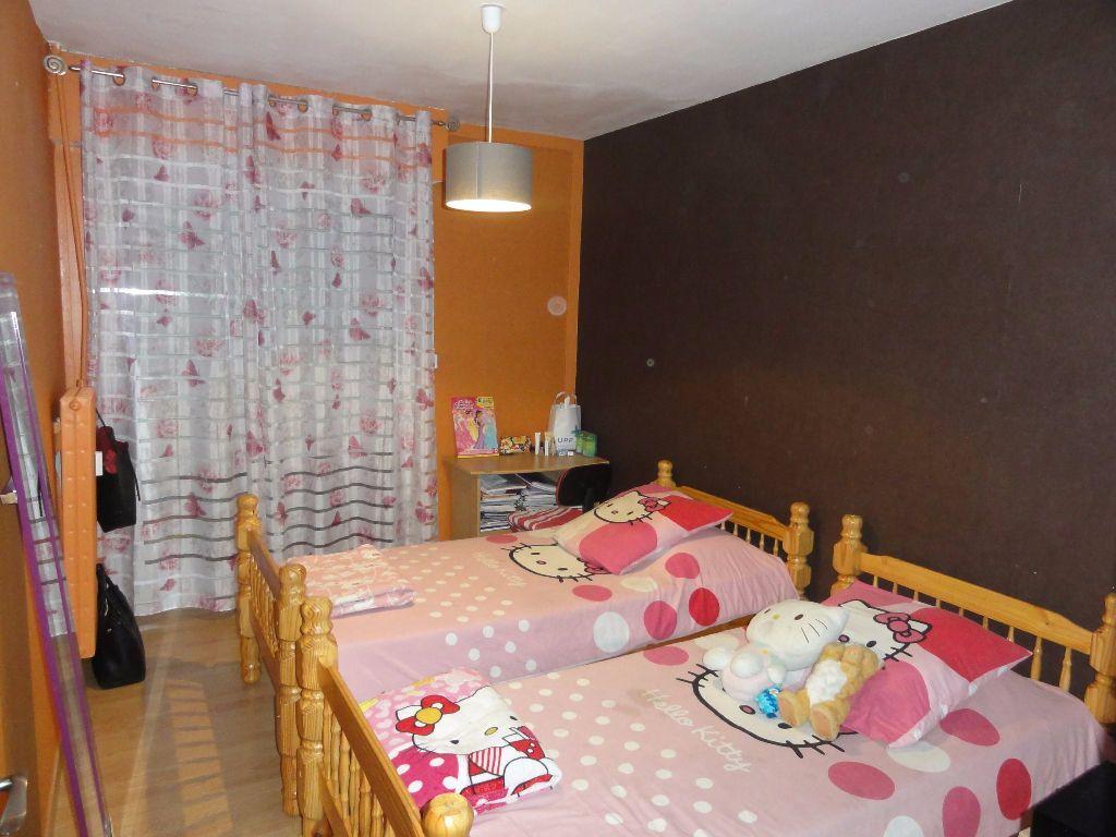 Appartement à vendre 6 101.03m2 à Nîmes vignette-10