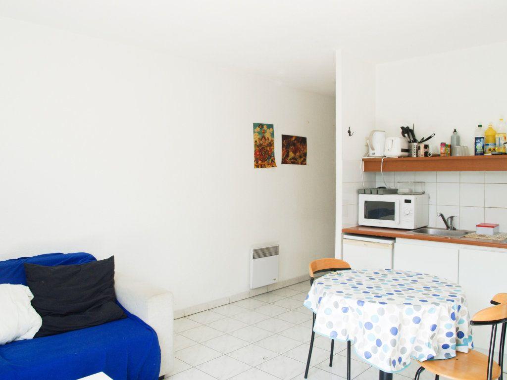 Appartement à vendre 2 34m2 à Montpellier vignette-5