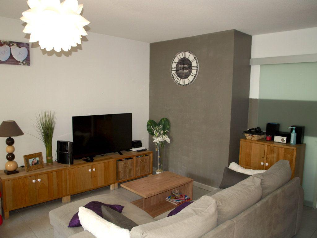 Appartement à vendre 3 71.55m2 à Montpellier vignette-3