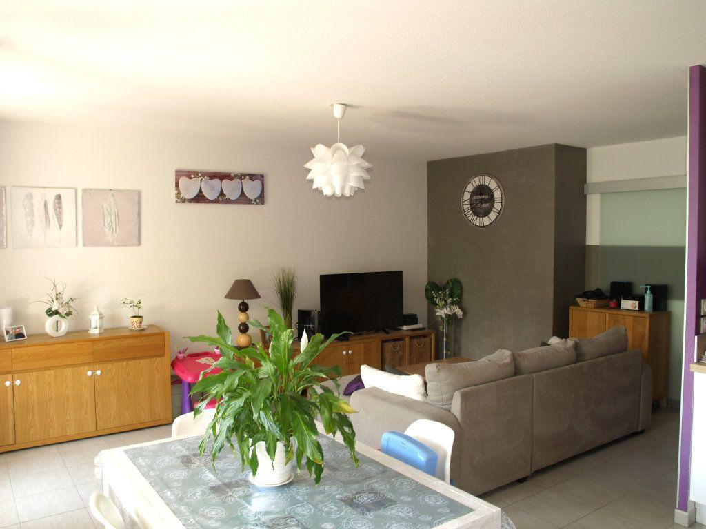 Appartement à vendre 3 71.55m2 à Montpellier vignette-4