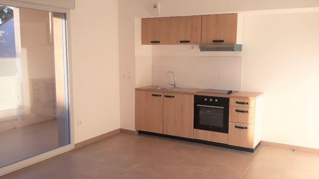 Appartement à vendre 3 59.74m2 à Montpellier vignette-2