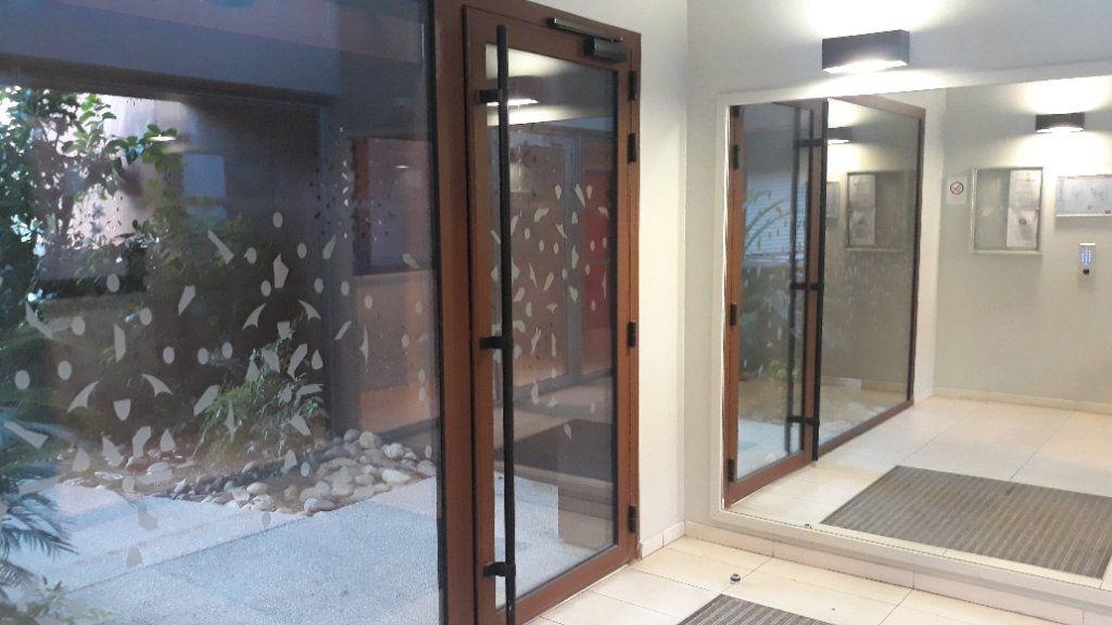 Appartement à vendre 3 59.74m2 à Montpellier vignette-12