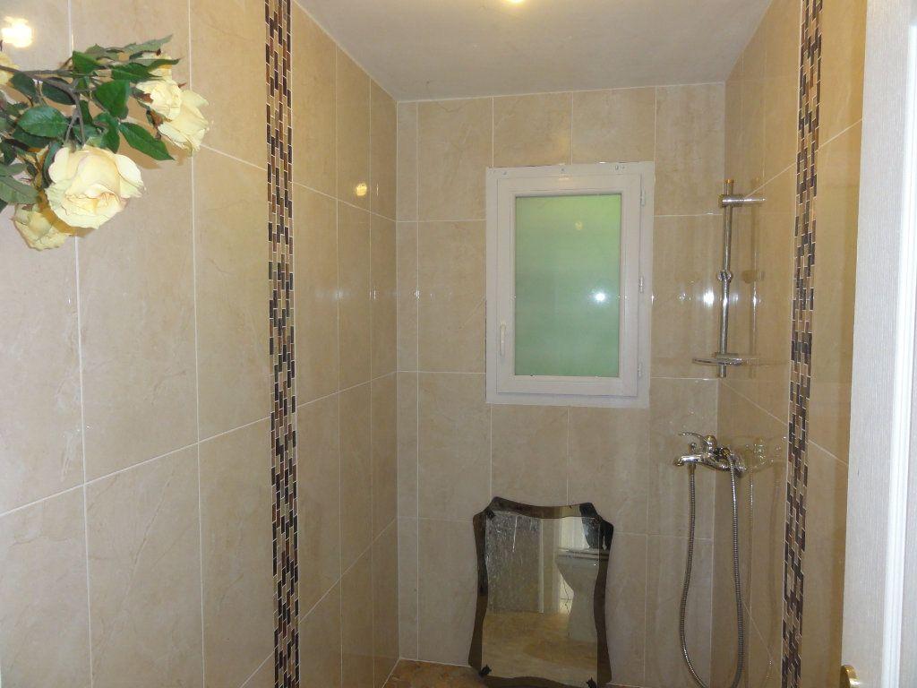 Maison à vendre 6 163.7m2 à Juvignac vignette-8