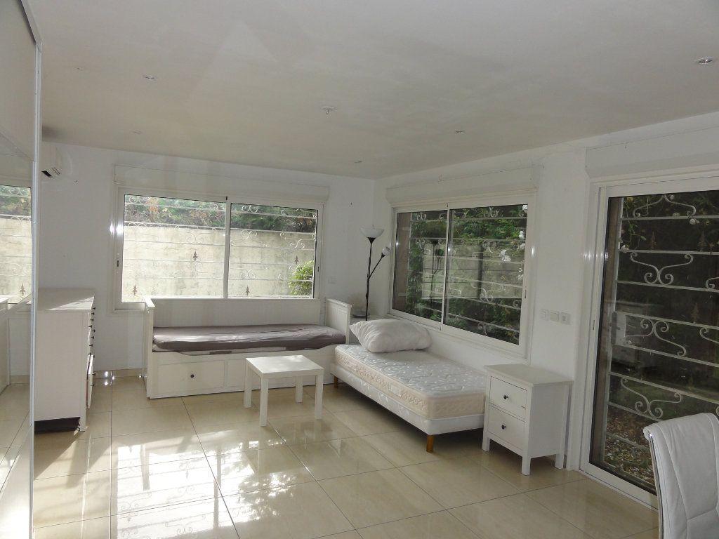 Maison à vendre 6 163.7m2 à Juvignac vignette-9
