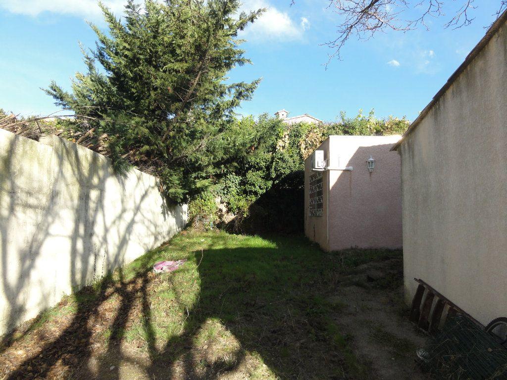 Maison à vendre 6 163.7m2 à Juvignac vignette-15
