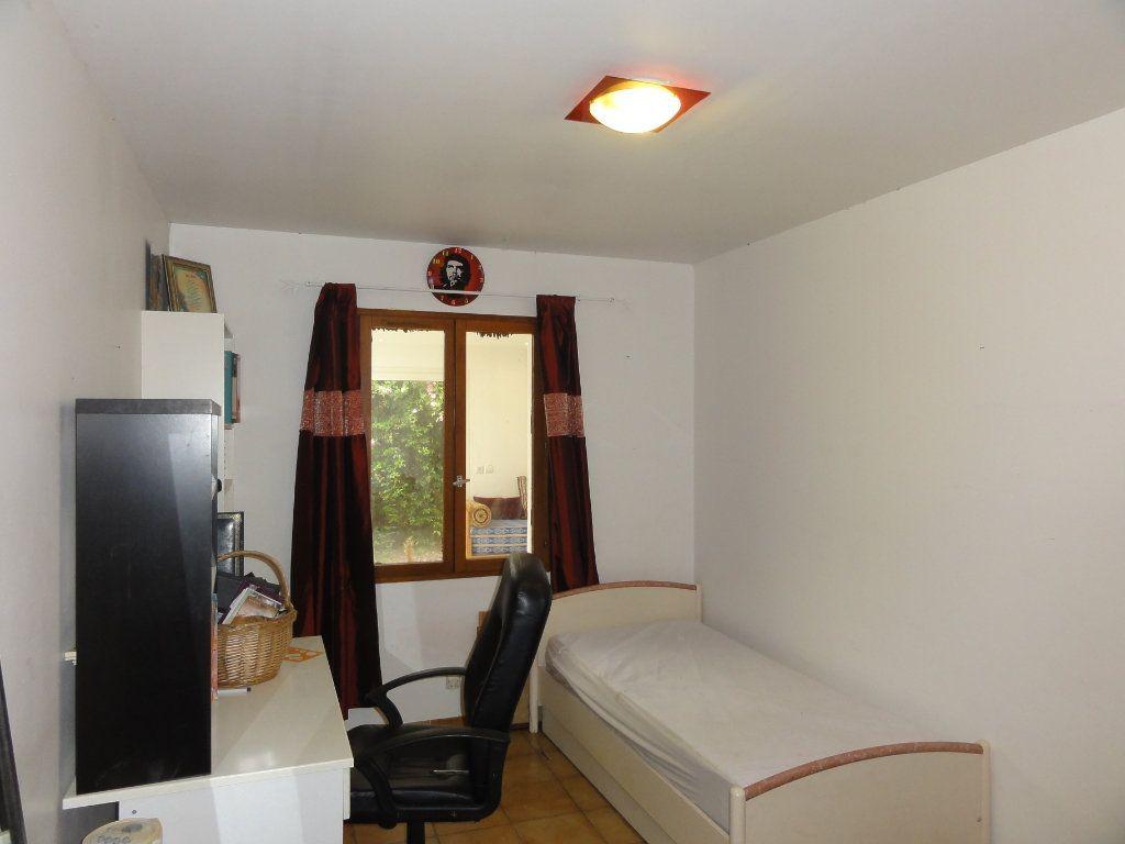Maison à vendre 6 163.7m2 à Juvignac vignette-17