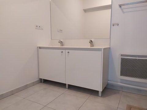 Appartement à louer 3 57.76m2 à Montpellier vignette-9
