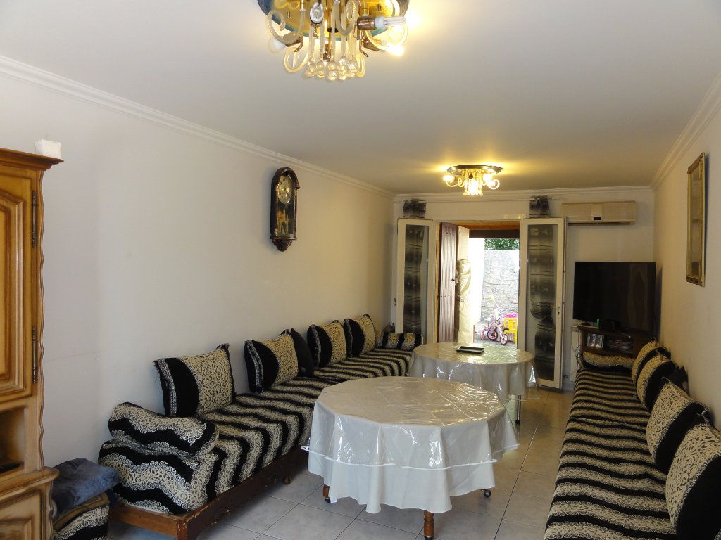 Maison à vendre 6 117.48m2 à Montpellier vignette-1