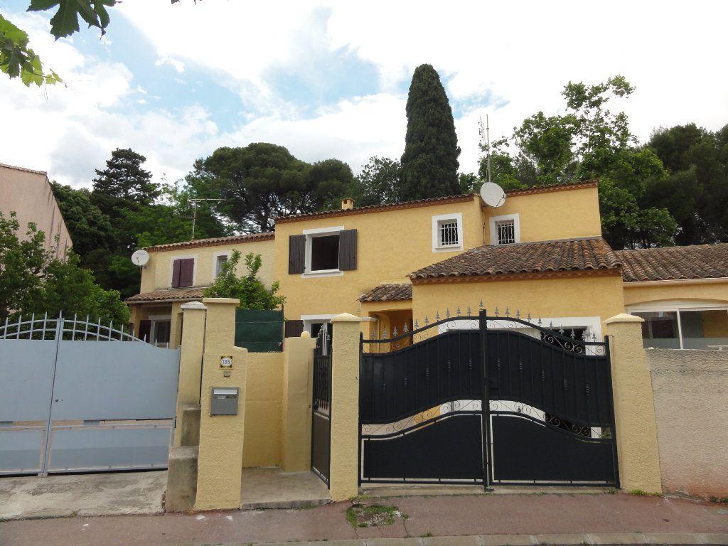 Maison à vendre 6 117.48m2 à Montpellier vignette-18