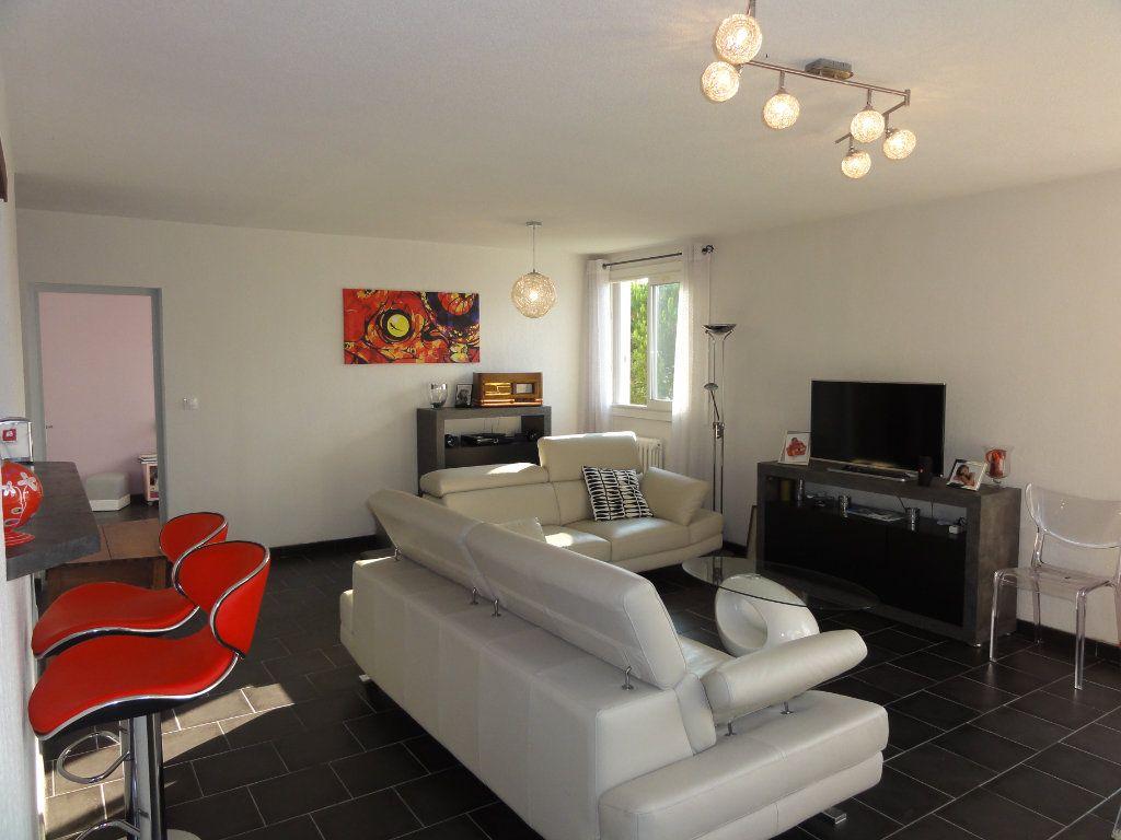 Appartement à vendre 3 75.74m2 à Montpellier vignette-6
