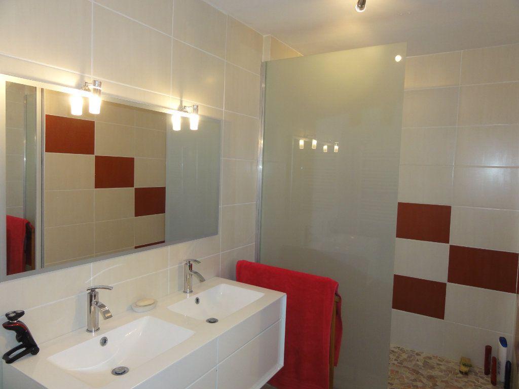 Appartement à vendre 3 75.74m2 à Montpellier vignette-9