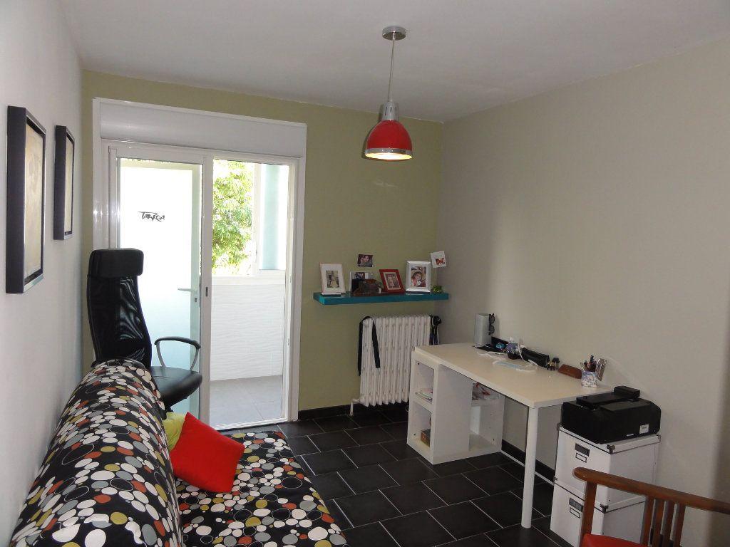 Appartement à vendre 3 75.74m2 à Montpellier vignette-11