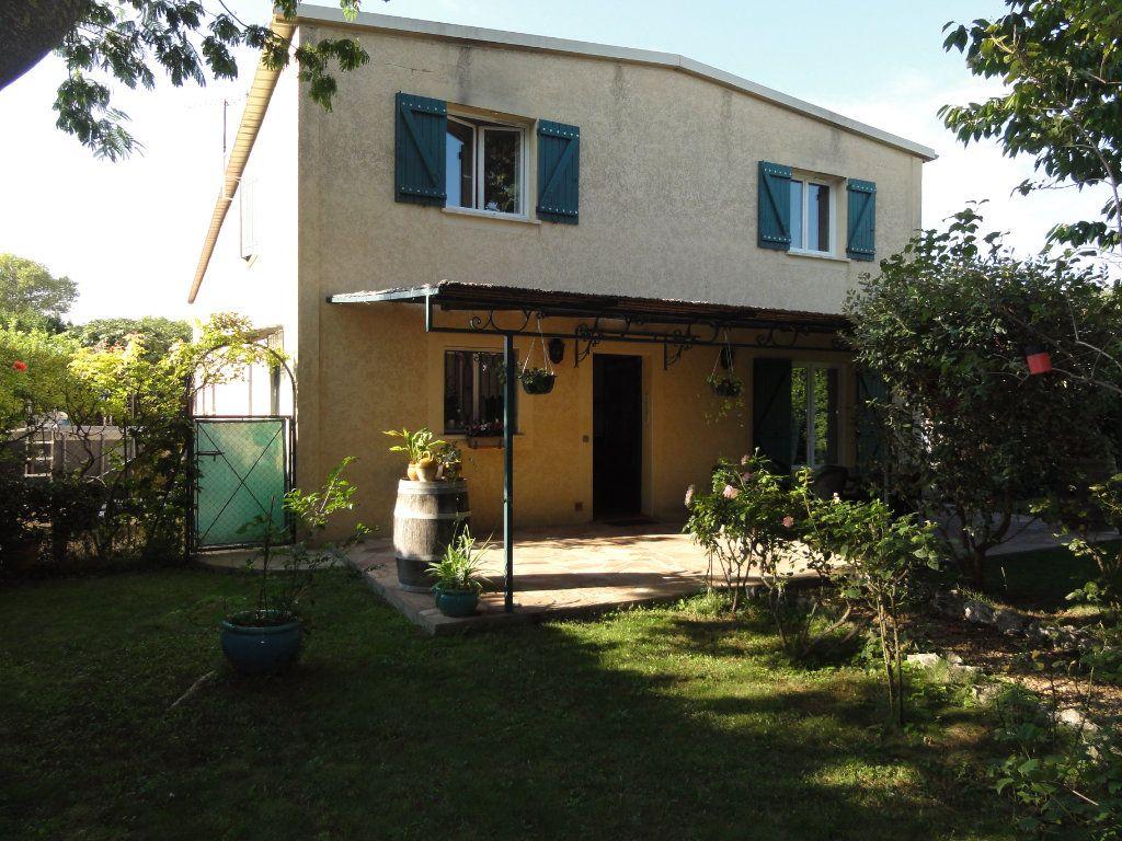 Maison à vendre 5 96.83m2 à Mauguio vignette-14