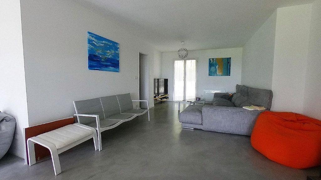 Maison à vendre 6 135.13m2 à Deuil-la-Barre vignette-2