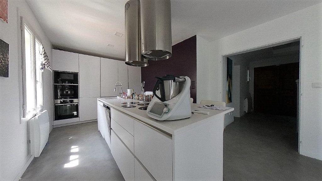 Maison à vendre 6 135.13m2 à Deuil-la-Barre vignette-3